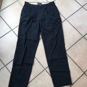 Like-new Banana Republic chino pants